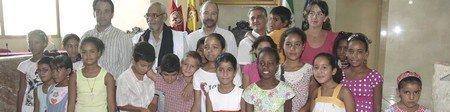 El alcalde elogia la solidaridad de las familias que han acogido este verano a 82 niños saharauis y garantiza la continuidad del apoyo municipal